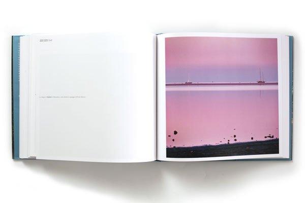 Pagine del libro fotografico Sardegna Paesaggio Costiero di Luca Tamagnini