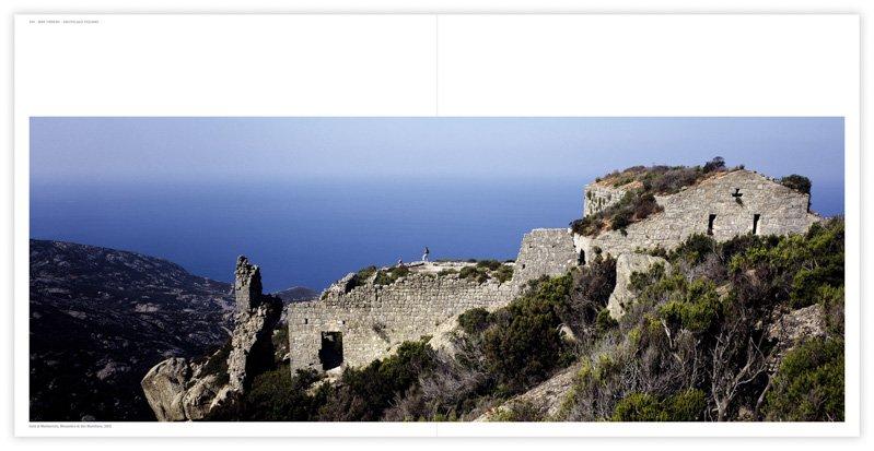 Isola di Montecristo, Monastero di San Mamiliano, 2002 - Fotografia di Luca Tamagnini