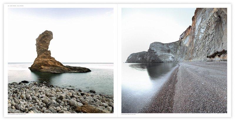 Isola di Palmarola, Scoglio Spermaturo, 2018 (a sinistra) Isola di Ponza, Chiaia di Luna, 2018 (a destra) - Fotografia di Luca Tamagnini