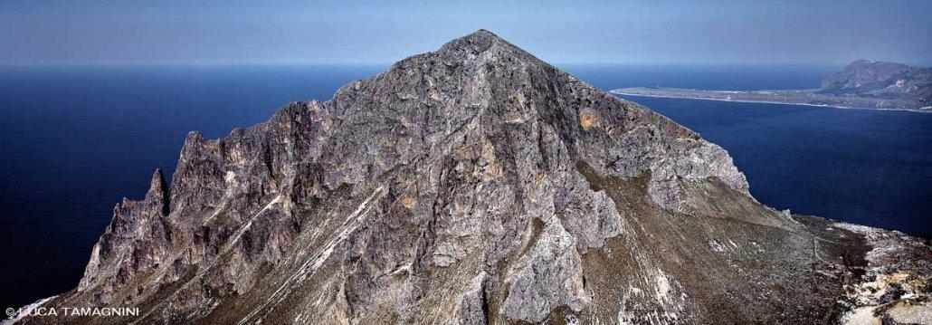 Sicilia, Customaci, Monte Cofano - Fotografia Fine Art di Luca Tamagnini - Formato 110 x 39 cm - Catalogo 1988-002