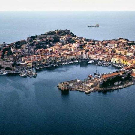 Isola d'Elba, Portoferraio - Fotografia Fine Art di Luca Tamagnini - Formato 110 x 50 cm - Catalogo 1992-032