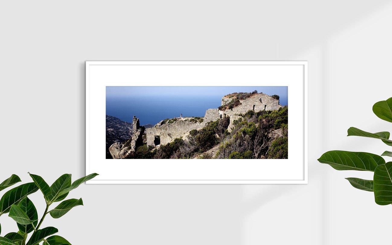 Isola di Montecristo, Rovine del Monastero di San Mamiliano - Fotografia Fine Art di Luca Tamagnini - Formato 110 x 44 cm - Catalogo 2002-003