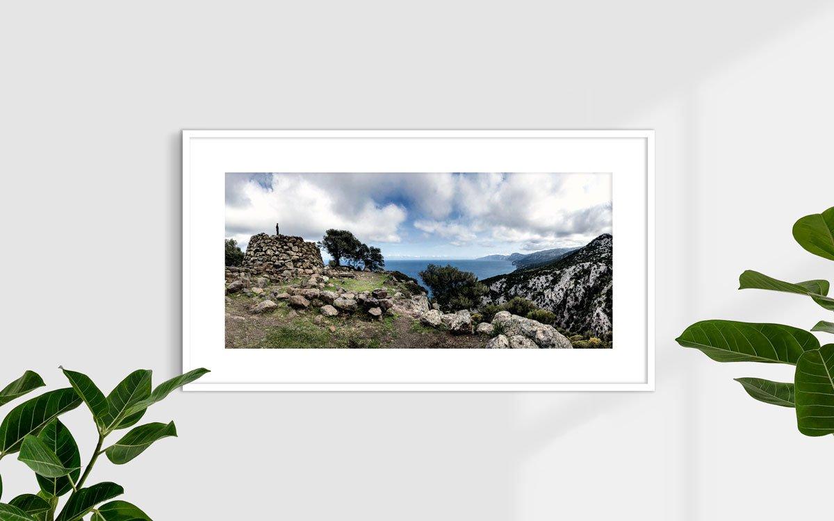 Golfo di Orosei, nuraghe sul mare (Nuraghe Mannu) - Fotografia Fine Art di Luca Tamagnini 110 x 50 cm - Catalogo 2010-004