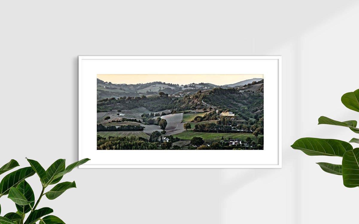 Marche, Osteria Colleponi, Nave di Genga - Fotografia Fine Art di Luca Tamagnini 110 x 50 cm - Catalogo 2014-001