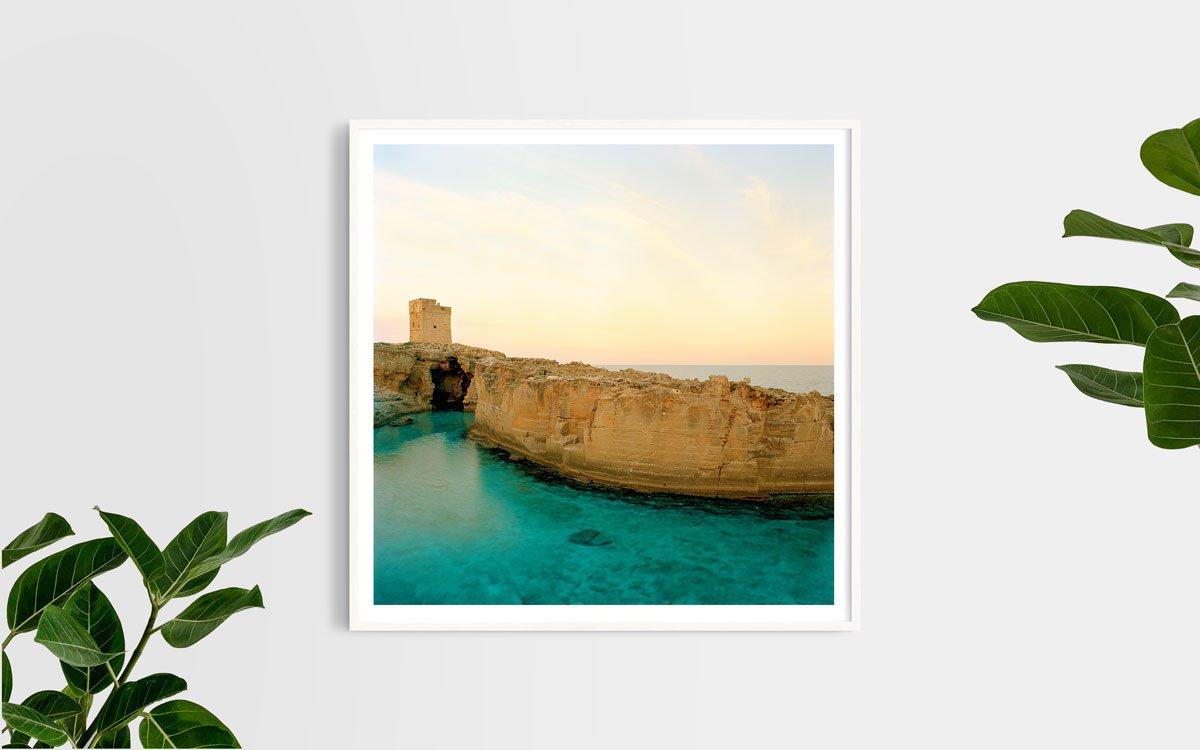 Salento Marina Serra Torre Saracena e antiche cave di tufo - Fotografia Fine Art di Luca Tamagnini - Formato 100 x 100 cm - Catalogo 2017-004