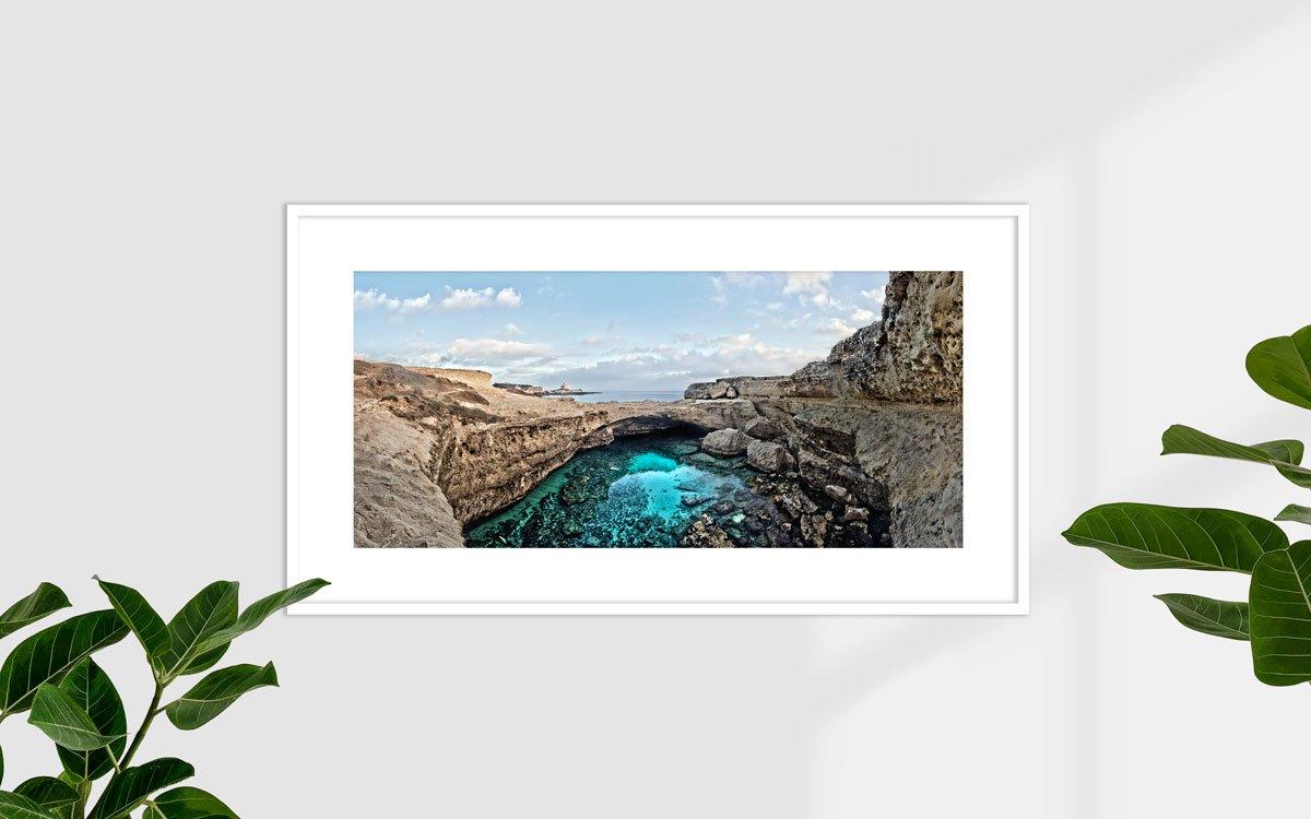 Puglia, Salento della costa adriatica, Roca Vecchia, Grotta della Poesia - Fotografia Fine Art di Luca Tamagnini - Formato 110 x 50 cm - Catalogo 2017-025